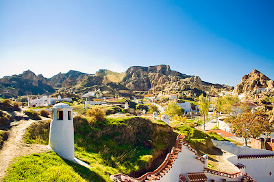 Casas+cueva <!  :es  >Redes Sociales me dejan soñar como los califas y me envían al Blogtrip de Granada<!  :  >