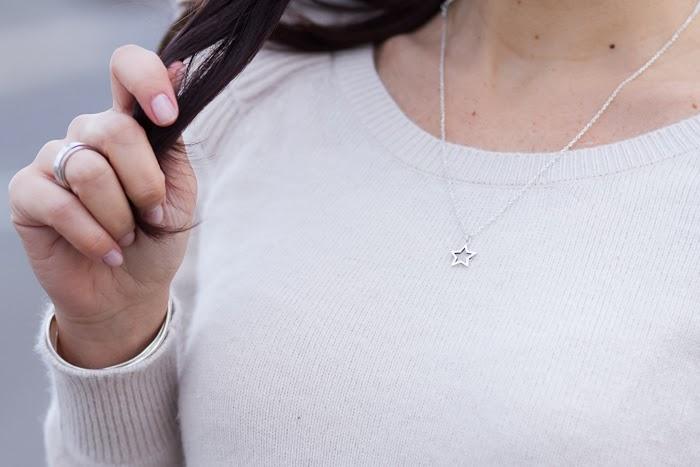 Colgante silueta estrella en platade CHAVIN