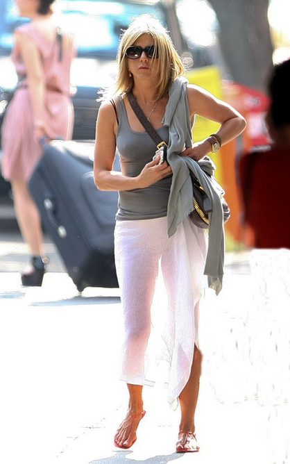 Jennifer Aniston Best Casual Style