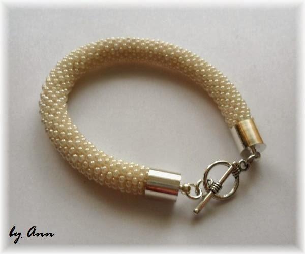 wąż koralikowy bransoletka z koralików koraliki perłowe ecri biały jasny beż