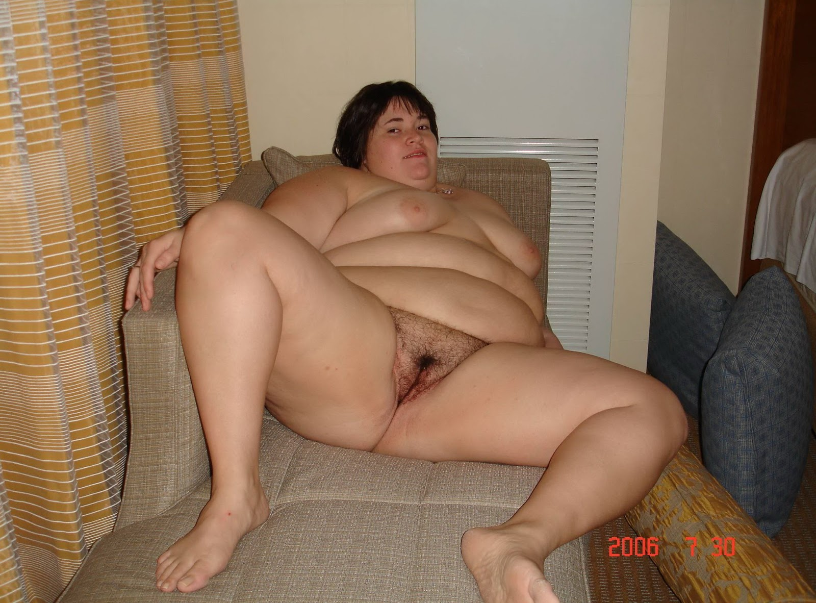 Fat hairy mature nudist foto