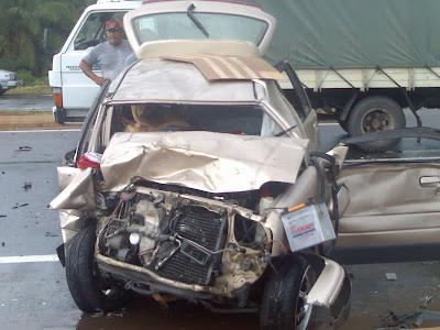 gambar hantu dalam kereta kemalangan