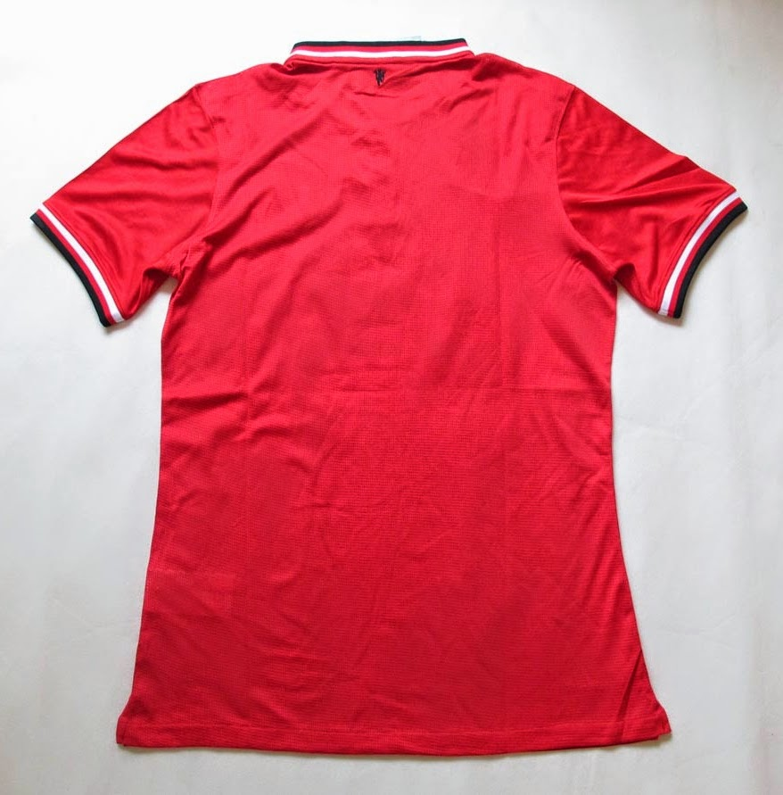 Kostum Jersey Bola MU Home 14-15 English Premier League