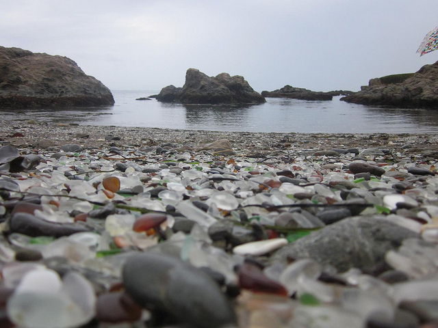 Glass Beach – Nature Corrects Another of Our Mistakes ~ Kuriositas