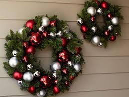 Vòng Lá Giáng Sinh