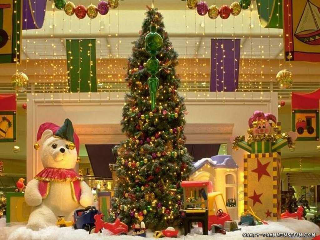 http://1.bp.blogspot.com/-w5xGCf5Mgn0/TrPnTi3qkCI/AAAAAAAABCU/MmCW8qTMzBk/s1600/christmas-tree-and-gifts.jpg