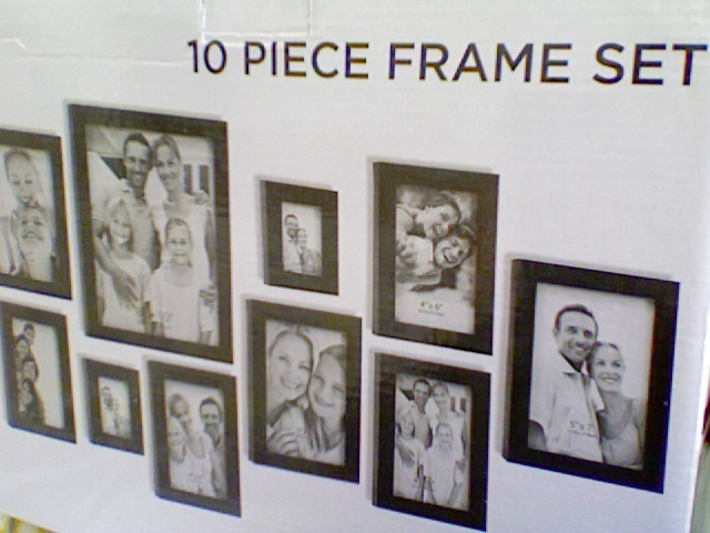 i scored this 10 piece gallery frame set at ross for under 10 bucks
