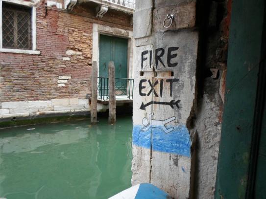 Fire exit - tak też można :)