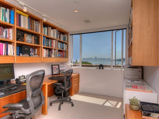Photo of working room with wooden furniture