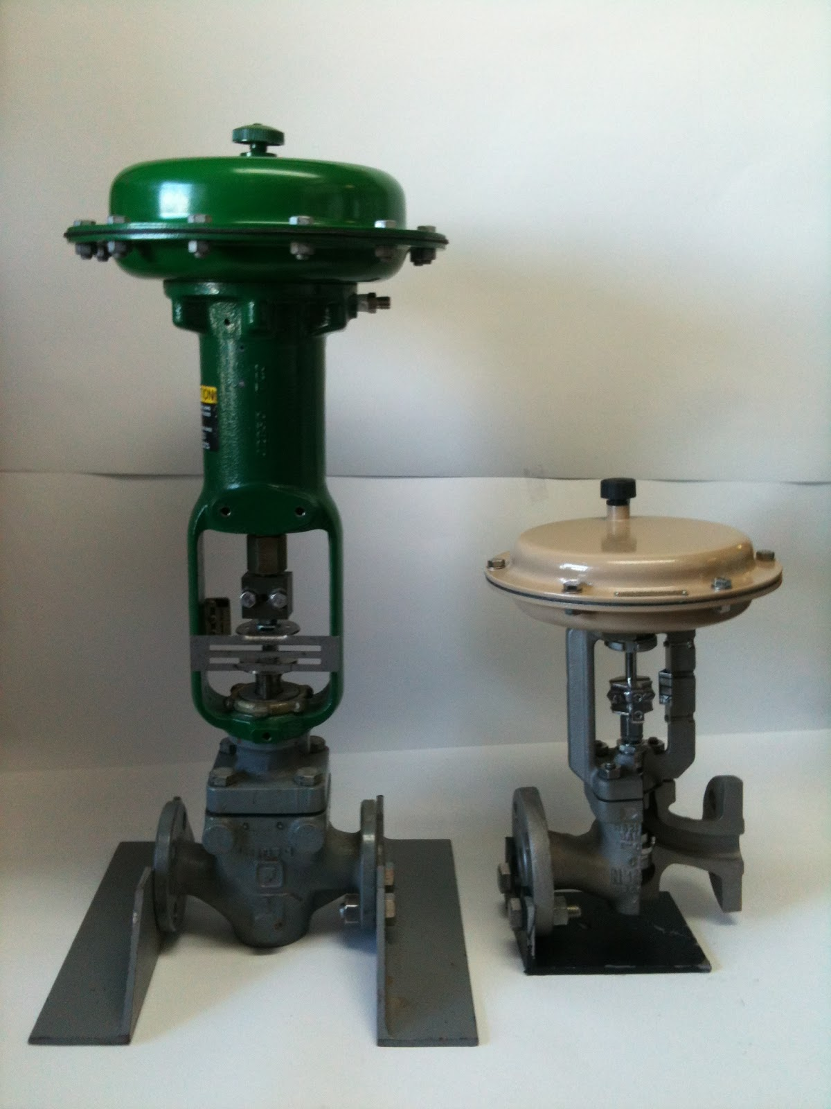Height and weight savings with samson controls 3241 control valve height and weight savings with samson controls 3241 control valve nvjuhfo Choice Image