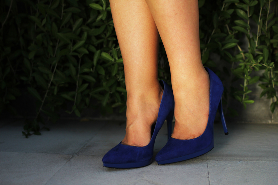 even & odd shoes blue heels