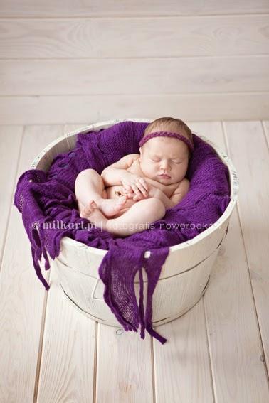 sesja zdjęciowa niemowlęcia, fotografia rodzinna, zdjęcia na chrzciny, sesje okolicznościowe, fotograf joanna Jaśkiewicz