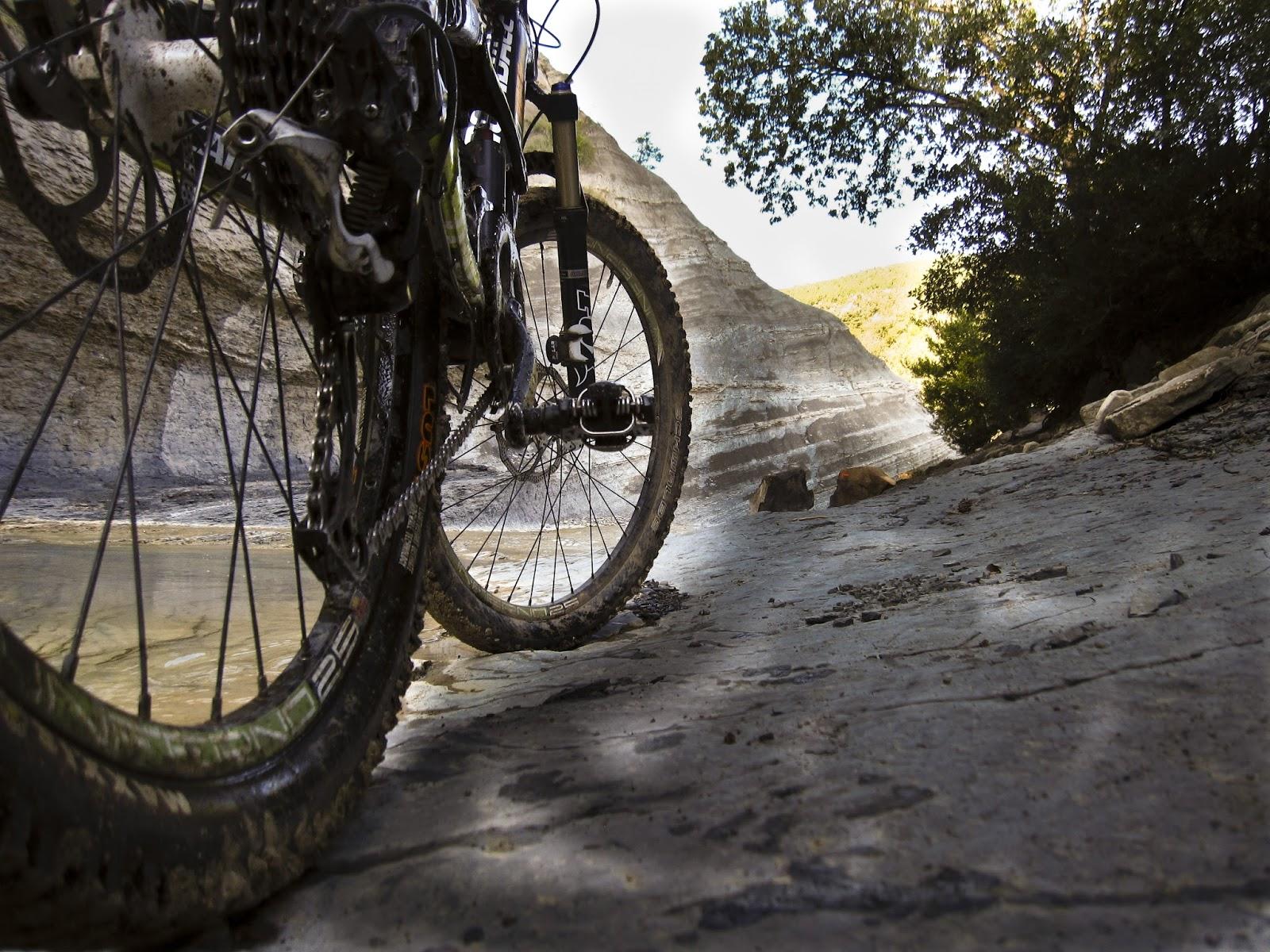 ciclismo, enduro, mountain bike