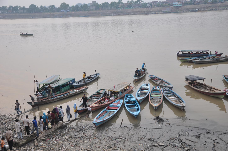 Ketek&; tolak rencana pembangunan jembatan gantung di sungai batanghari