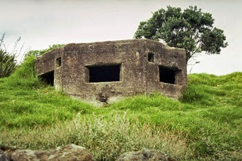 Machine gun bunker