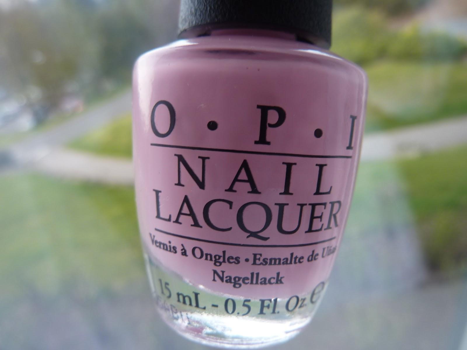 BEAUTY & LE CHIC: This week\'s nails... Pink Friday! Nicki Minaj for OPI