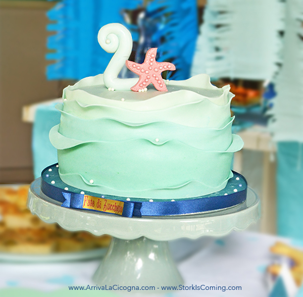 sea waves and pearls cake