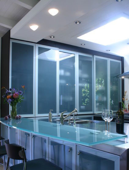 Simplifying Remodeling: 8 Beautiful Ways to Work Glass Into Your ...