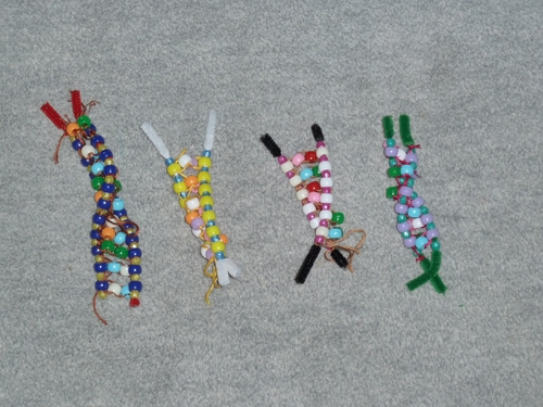 how to build a dna model with pipe cleaners