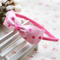 Pink polko dot hairband -- HA738 Price:RM18 per pc