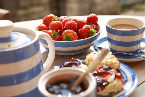 Cornishware+tea+time