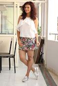 Seerat Kapoor New glam stills-thumbnail-9