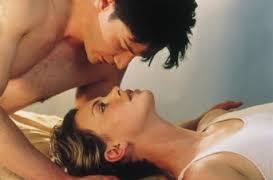 Fotograma de 'Noviembre dulce', un trágico drama romántico. Charlize Theron, Keanu Reeves, HITOS DEL CINE, Making Of