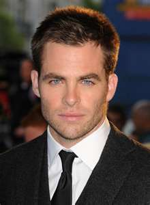 CHRIS PINE SHORT CASUAL HAIRSTYLE