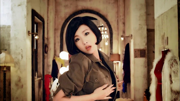 2NE1 Minzy Crush