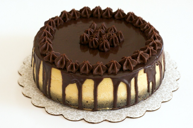 ... Sweet Natured Treats: Chocolate Covered Brownie Bottom Cheesecake