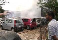 gudang produa terbakar