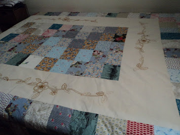 Colcha de casal (patchwork com borbado)
