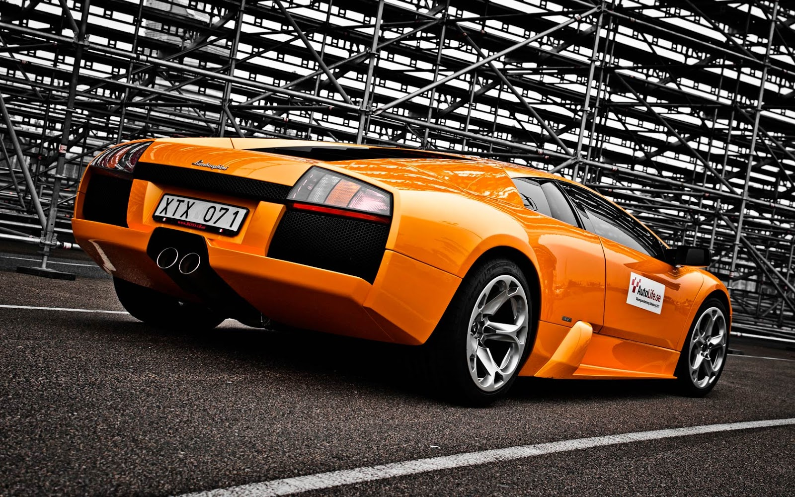 lamborghini-reventon-orange-sport-wallpaper