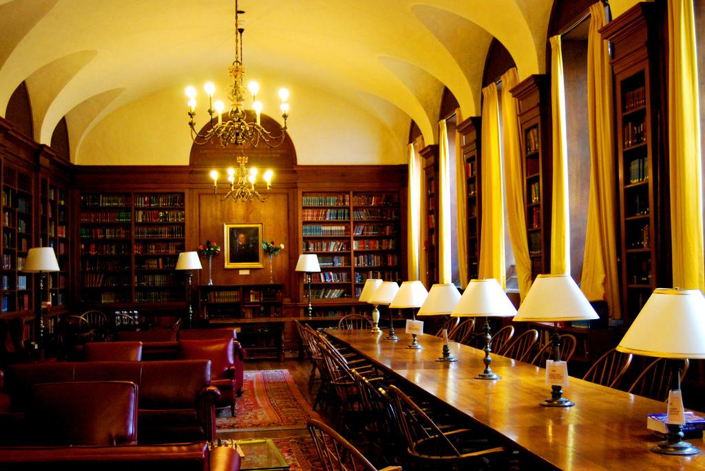 uni dissertation Die dissertation muss in umfang und form, wie sie von der fakultät genehmigt wurde, vervielfältigt werden Änderungen der abhandlung dürfen nur mit bewilligung.