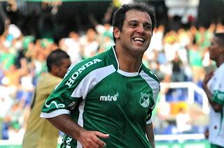 Gustavo Biscayzacú tendrá revancha en el Cali 2012