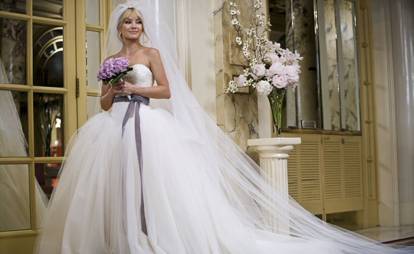 kate hudson bride wars wedding hairstyle. kate hudson wearing vera wang