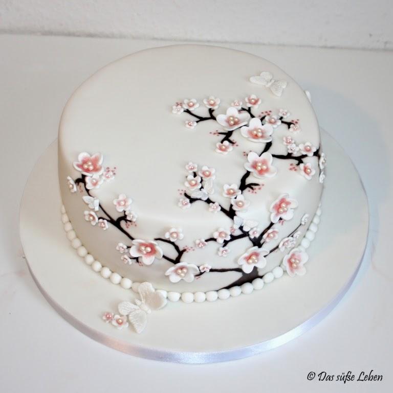 Rezept Geburtstagstorte Mit Kirschbluten Und Schmetterlingen Das