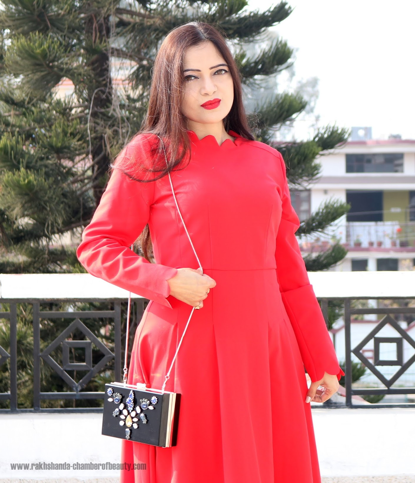 Dainty Jewell's Red Scalloped Dress, Red vintage midi dress, How to wear a midi dress, Indian fashion blogger