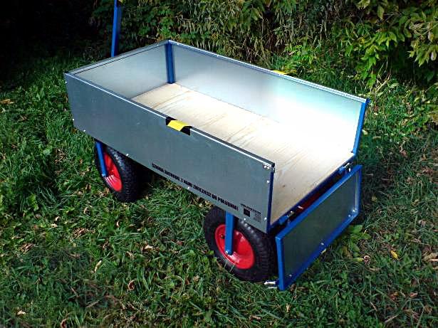 Wózek czterokołowy ręczny ze skrętem