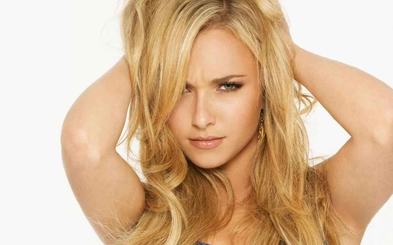 http://1.bp.blogspot.com/-wALNO2YuIV8/T6v9FKVwXMI/AAAAAAAABLU/HK9lc52a_iQ/s1600/hayden_panettiere_hairstyle_wallpapers_+%2818%29.jpg