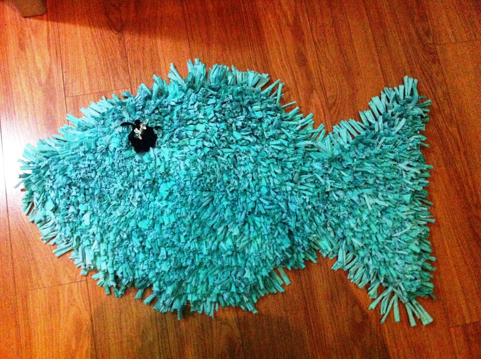 Alfombra de trapillo pez turquesa - Como hacer color turquesa ...