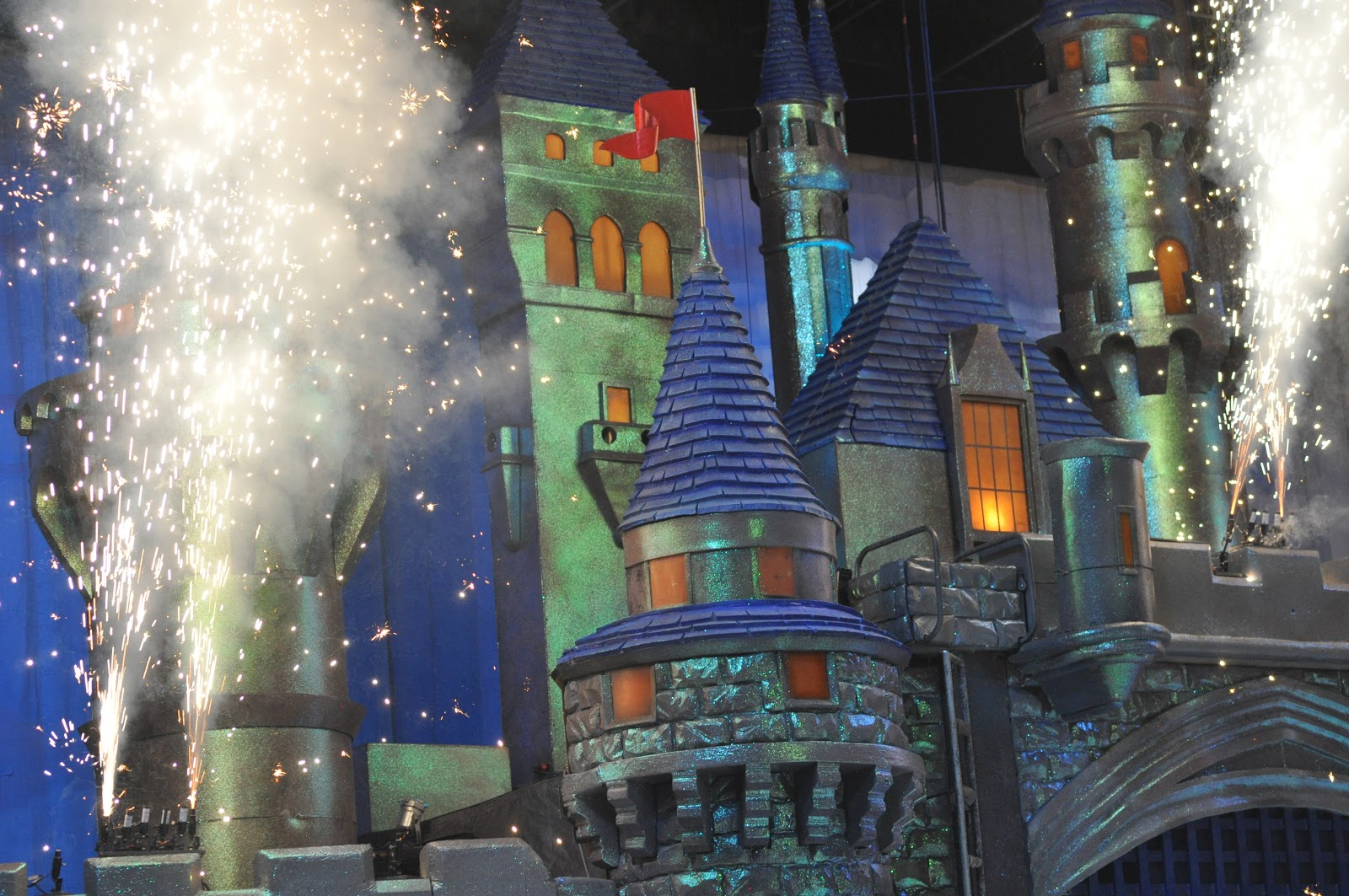 Disney, Disney blog, Disneyland, Disney fan, Disney lover, magical kingdom, what to do at Disneyland, Disney fashion, California adventure, California advenure food, whre to eat at California adventure, Disney apparel, Disney food, Disney food review, mickey mouse ears, where to eat at Disneyland, fashion blog, fashion blogger, style blog, style blogger, mens fashion, mens fashion blog, mens style, mens style blog, womens style blog, anthropologie ootd blog, anthropologie ootd, anthropologie, ootd, mens ootd, womens ootd,
