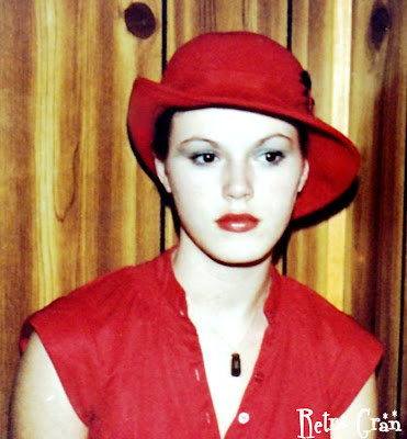 Retro Gran | circa 1978 red felt hat