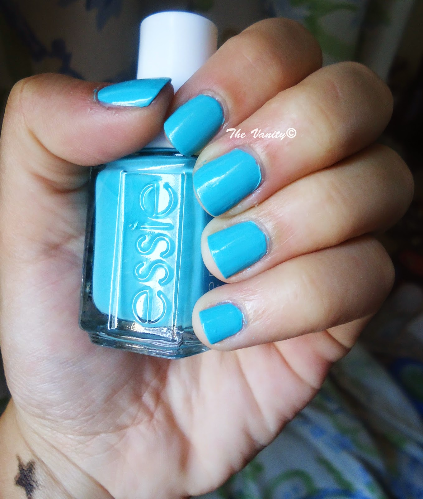 Essie Nail Polish In The Cab-ana Review