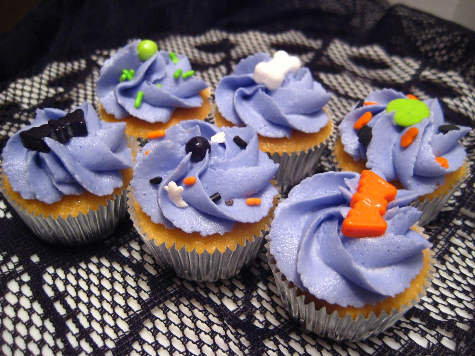 img_8671jpg - Martha Stewart Halloween Cakes