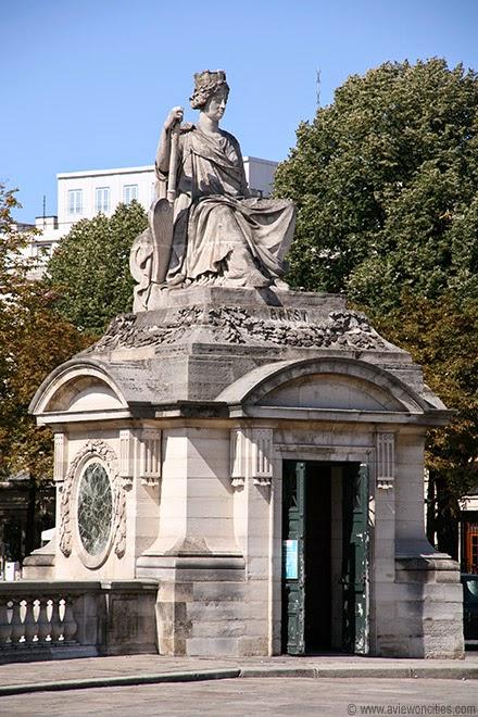 Brest-Monument-Place-de-la-Concorde