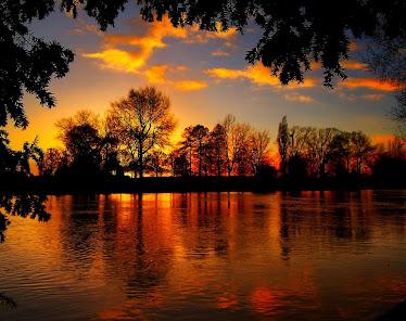 El lago Lacus