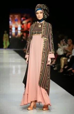 model baju pesta muslimah modern etnik