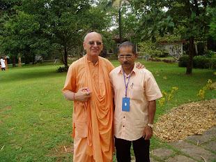 Swami kesavadas & Prof.John Kurakar
