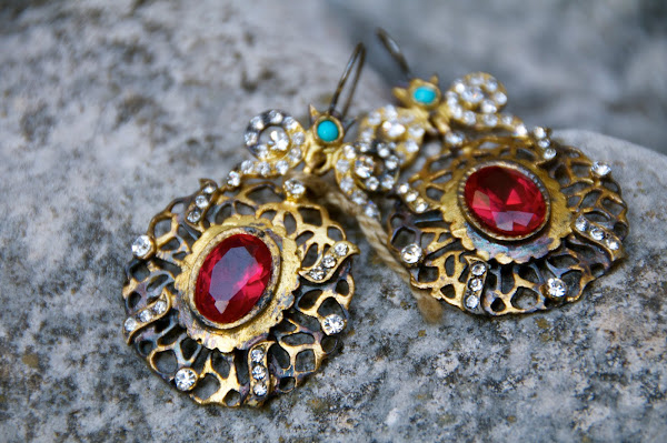 Byzantine era earrings...